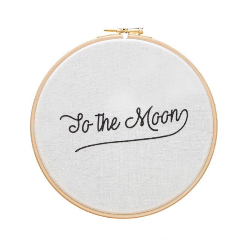 Cadre To the moon